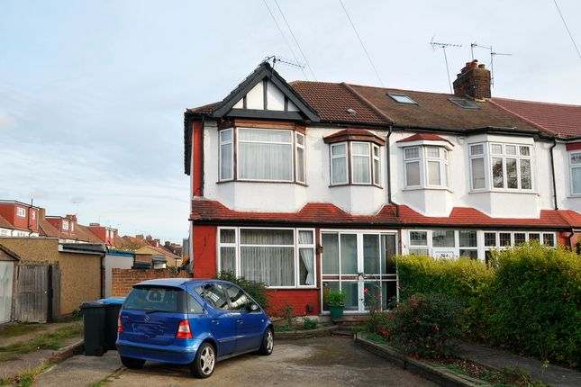 4 bed end terrace house for sale in Firs Lane, Palmers Green, London