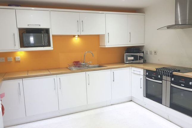 Thumbnail Shared accommodation to rent in Picton Road, Wavertree, Liverpool