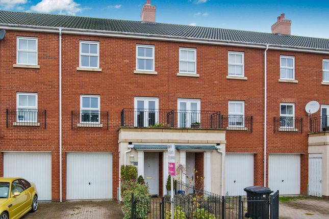 Thumbnail Terraced house for sale in Victory Court, Diss