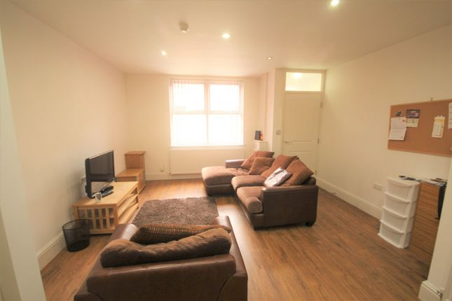 Thumbnail Terraced house to rent in Plungington Road, Preston, Lancashire