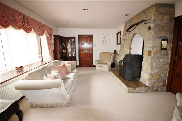 Lounge of Kiveton Lane, Todwick, Sheffield S26