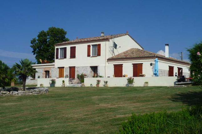 Thumbnail Country house for sale in Montricoux, Tarn-Et-Garonne, Midi-Pyrénées, France