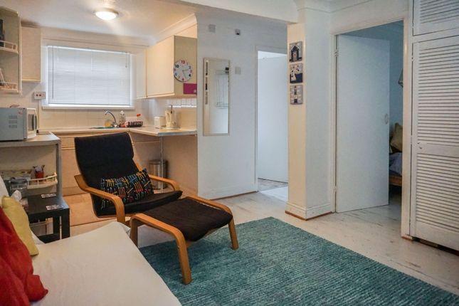 Lounge / Kitchen of Sandown Bay Holiday Centre, Sandown PO36