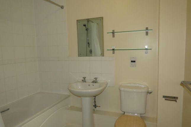 Bathroom of Cheshire Drive, Leavesden, Watford WD25