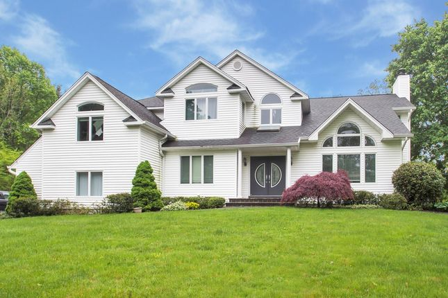 Thumbnail Town house for sale in 496 Wolf Hill Rd, Dix Hills, Ny 11746, Usa