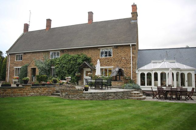 Thumbnail Detached house for sale in Banbury Road, Chacombe, Banbury