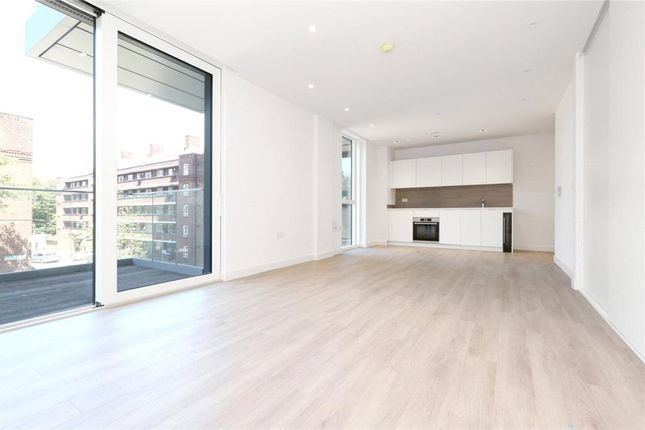 Studio for sale in Kingly Building, Woodberry Down, Finsbury Park N4
