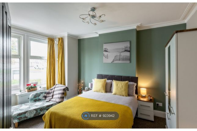Big Bedroom With Bay Windonw