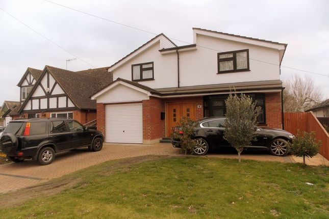 Thumbnail Detached house to rent in Hawthorn Drive, Denham