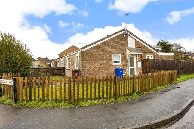 Thumbnail Bungalow for sale in Bicester, Oxfordshire