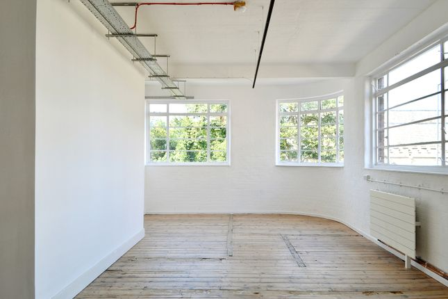 Thumbnail Office to let in Homerton High Street, London