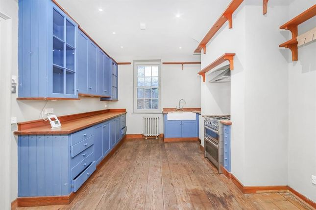 Thumbnail Terraced house to rent in Hanbury Street, Spitalfields