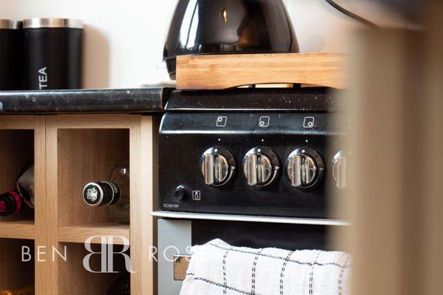 Kitchen Hob of Fir Tree Close, Chorley PR7