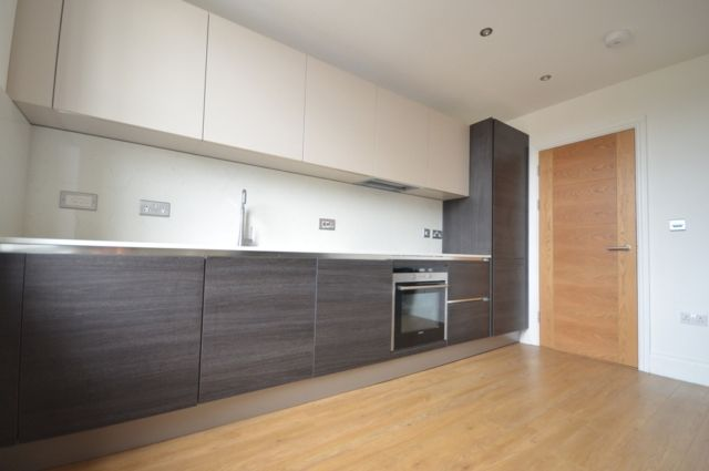 Thumbnail Flat to rent in Radford House, St Leonards Road
