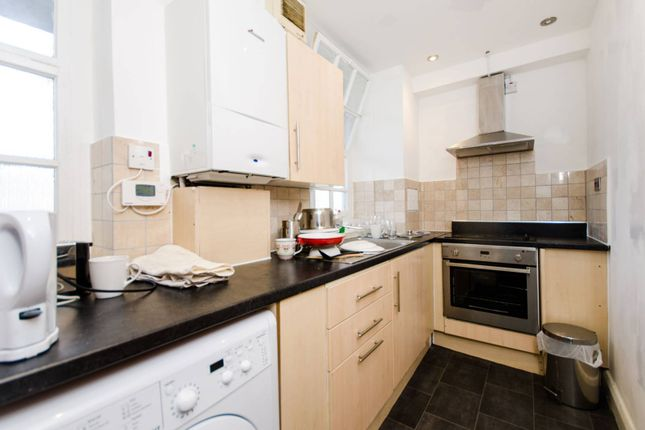 2 bed flat for sale in Page Street, Westminster