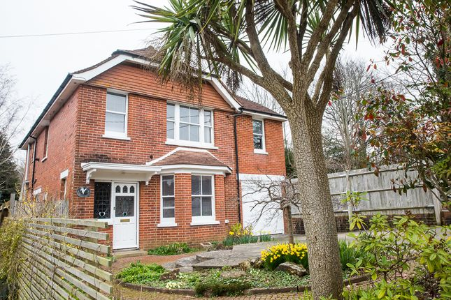 Thumbnail Detached house for sale in Lower Station Road, Henfield