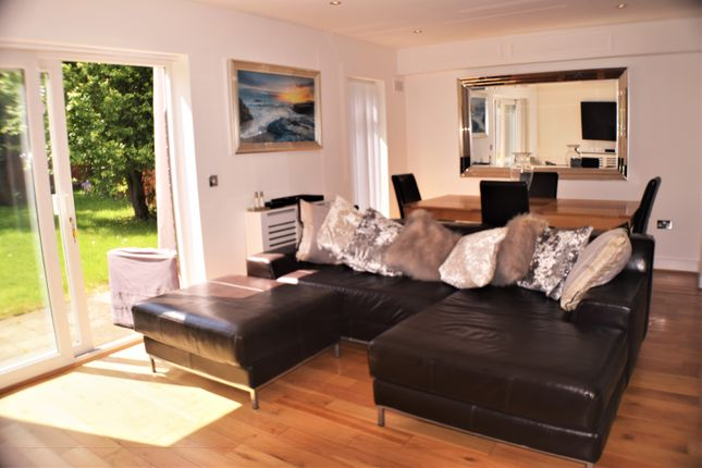 Thumbnail Flat to rent in Davenport Road, Catford