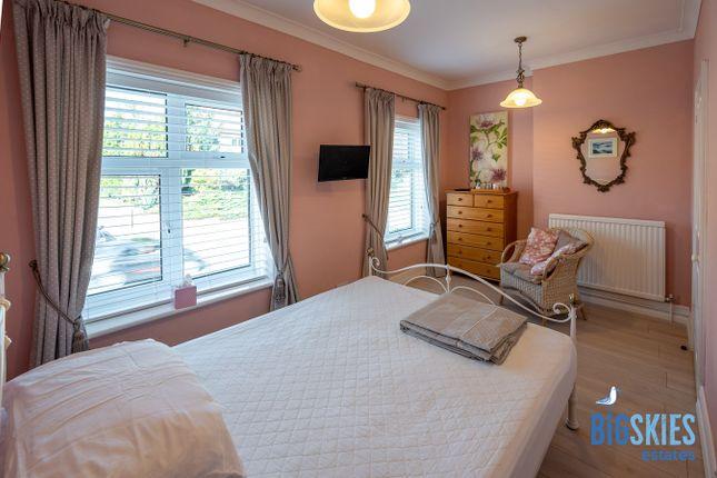 Pink Room of Heacham Road, Sedgeford PE36