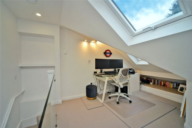 Picture No. 19 of Timbercroft, Epsom KT19