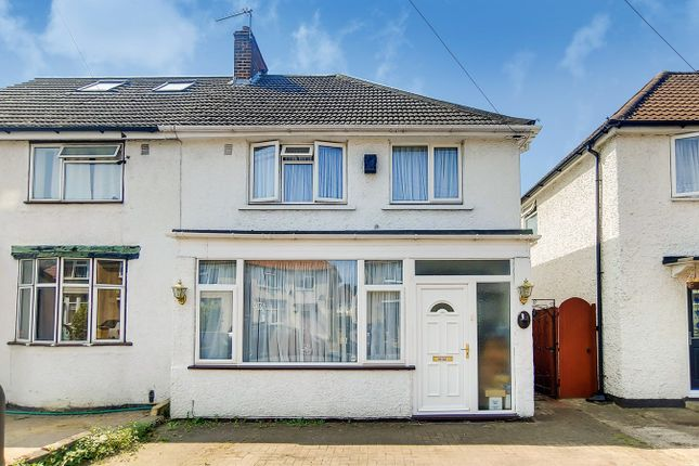 Thumbnail Semi-detached house for sale in Hanover Circle, Hayes