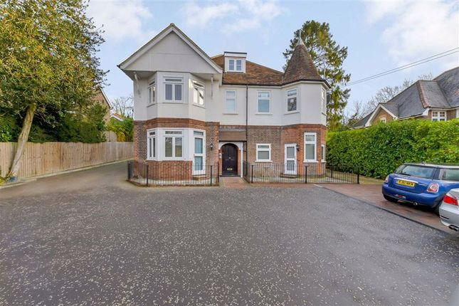 1 bed flat for sale in Common Road, Chorleywood, Rickmansworth WD3