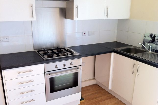 Flat to rent in Norwood High Street, West Norwood