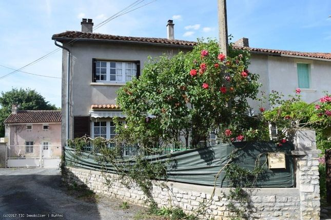 3 bed property for sale in Lizant, Poitou-Charentes, 86400, France