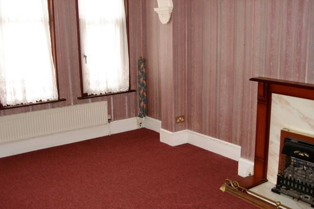 Thumbnail Terraced house to rent in Langdale Road, Thornton Heath