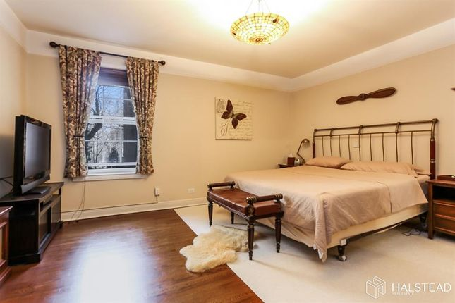 <Alttext/> of 25 Parkview Avenue 2M, Bronxville, New York, United States Of America