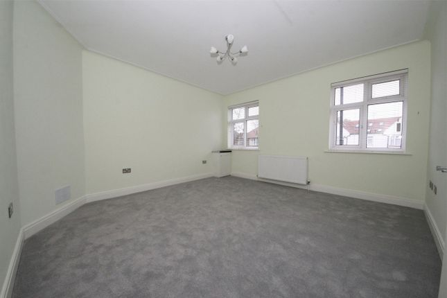 Thumbnail Flat to rent in Ridge Terrace, Green Lanes, London