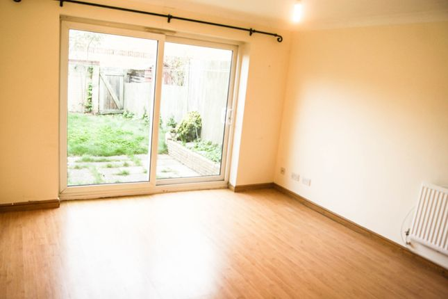 2 bed terraced house to rent in Britton Close, London