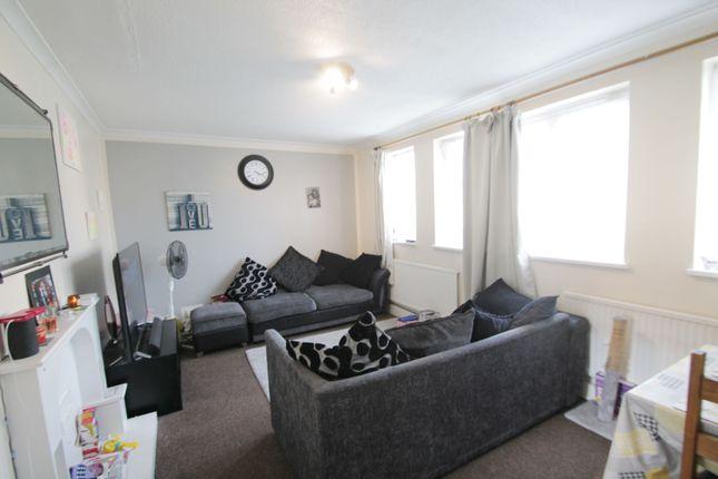 Thumbnail Maisonette to rent in Heather Lane, West Drayton