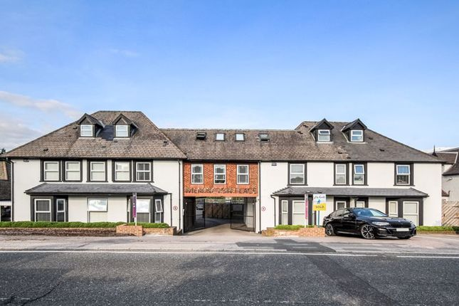 2 bed flat for sale in Hawley Road, Dartford DA1
