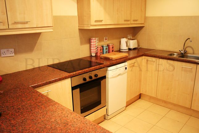 Thumbnail Flat to rent in Thorn House, Fallowfield, Manchester