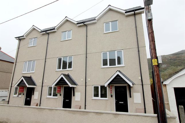 Thumbnail Terraced house for sale in Marine Road, Barmouth