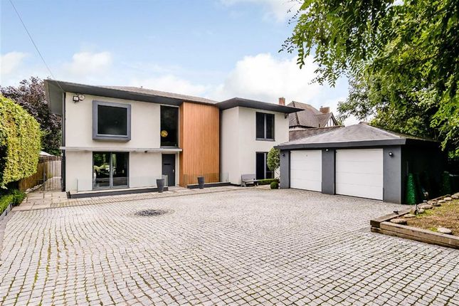 Thumbnail Detached house for sale in Barnet Road, Arkley, Hertfordshire