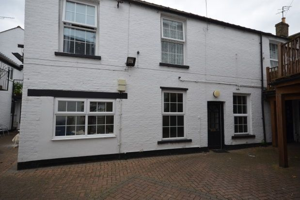 1 bed flat to rent in Market Place, Ely