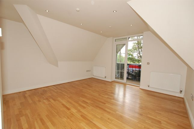 Thumbnail Flat to rent in Ashmere Court, 1A Ashmere Avenue, Beckenham, Kent