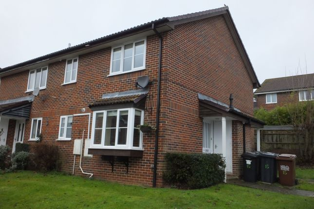 Thumbnail Semi-detached house to rent in Hopfield Gardens, Uckfield