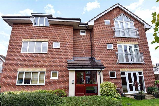 Flat for sale in Jupiter Court, Cippenham, Berkshire
