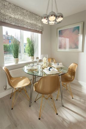 2 bedroom semi-detached house for sale in York Road, Telford