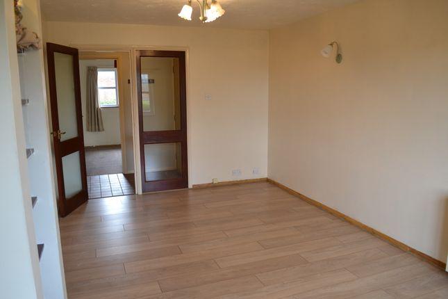 Thumbnail Flat to rent in Kenwyn Road, Dartford