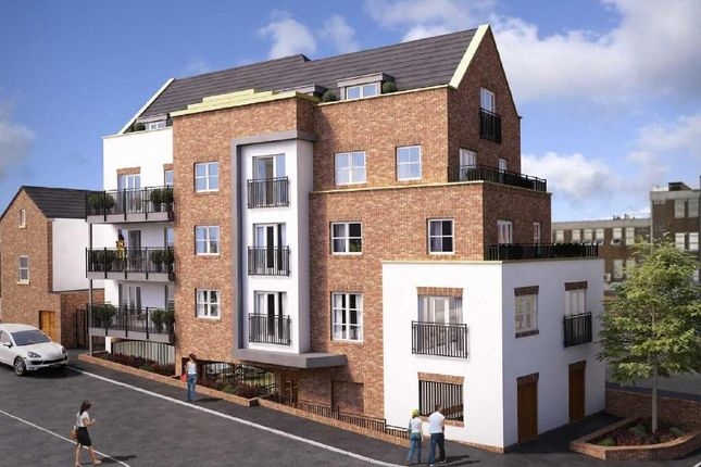 Thumbnail Flat for sale in Fairfield Road, Brentwood