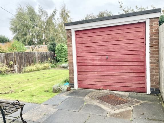 Single Garage of Whiles Lane, Birstall, Leicester, Leicestershire LE4