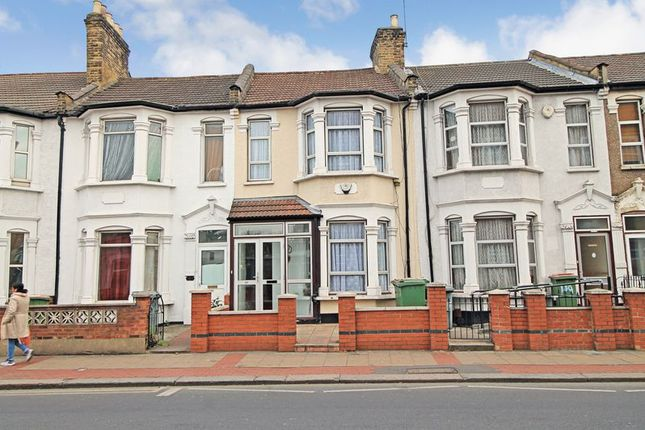 Thumbnail Terraced house for sale in Green Street, London, Greater London