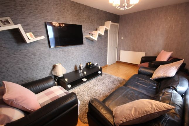 Bedroom of Elgin Road, Cowdenbeath KY4