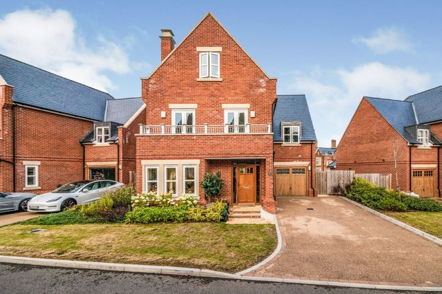 Thumbnail Detached house for sale in Butterwick Way, Welwyn