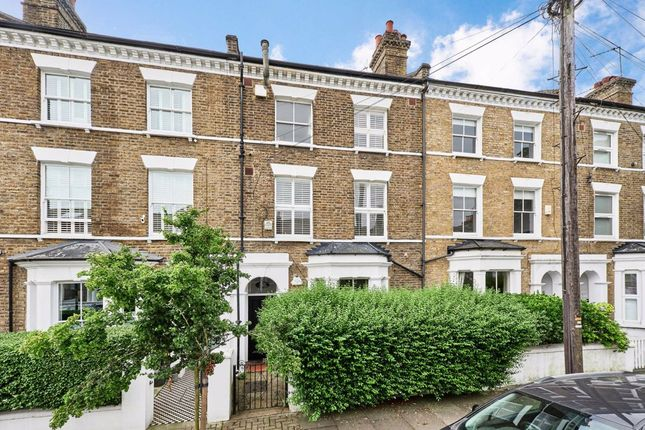 Thumbnail Flat for sale in Gowrie Road, London