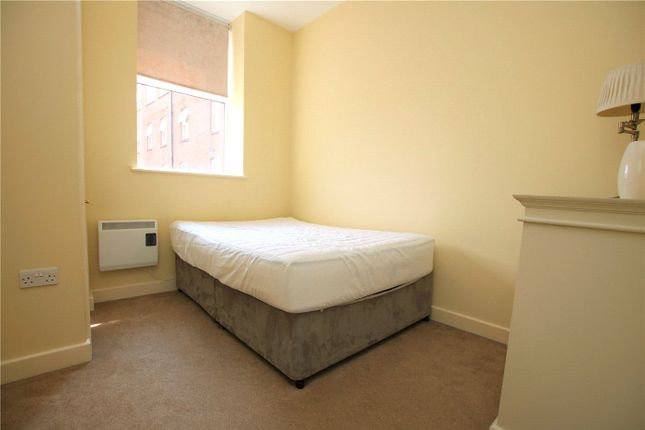Picture No. 04 of Oxford House, Cheapside, Reading, Berkshire RG1