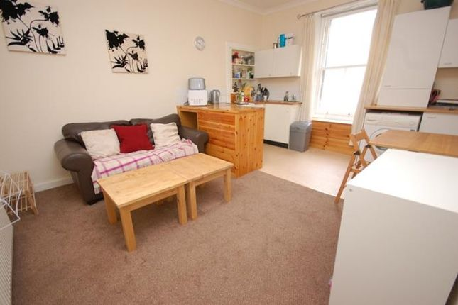 Flat to rent in Torphichen Place, Edinburgh